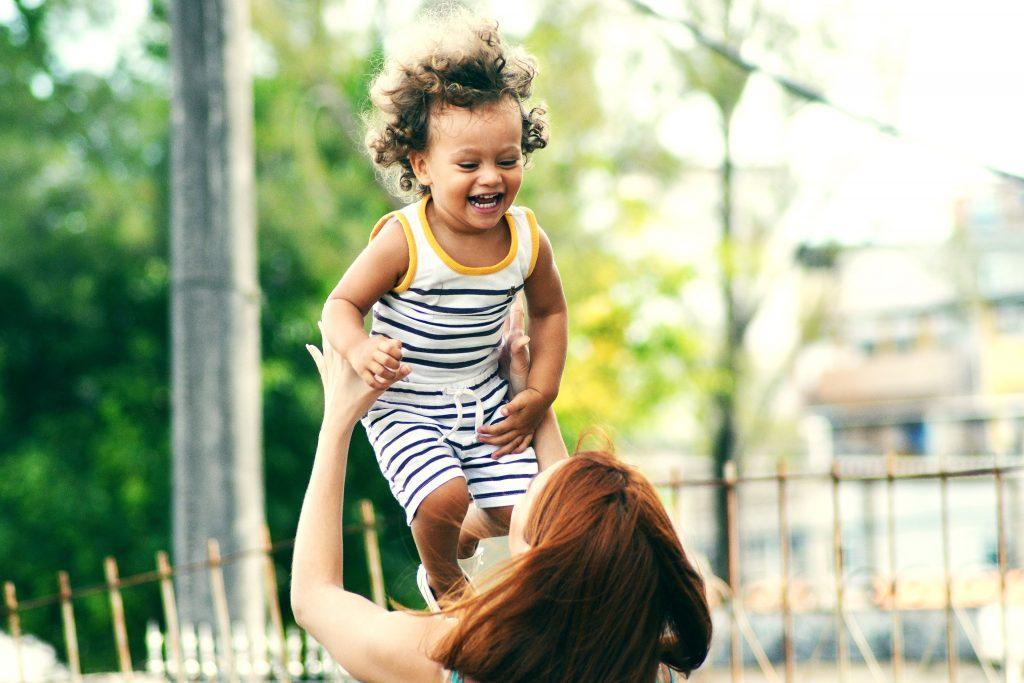 thiago cerqueira Wr3HGvx RSM unsplash 1024x683 - The Struggles Of A New Breastfeeding Mom